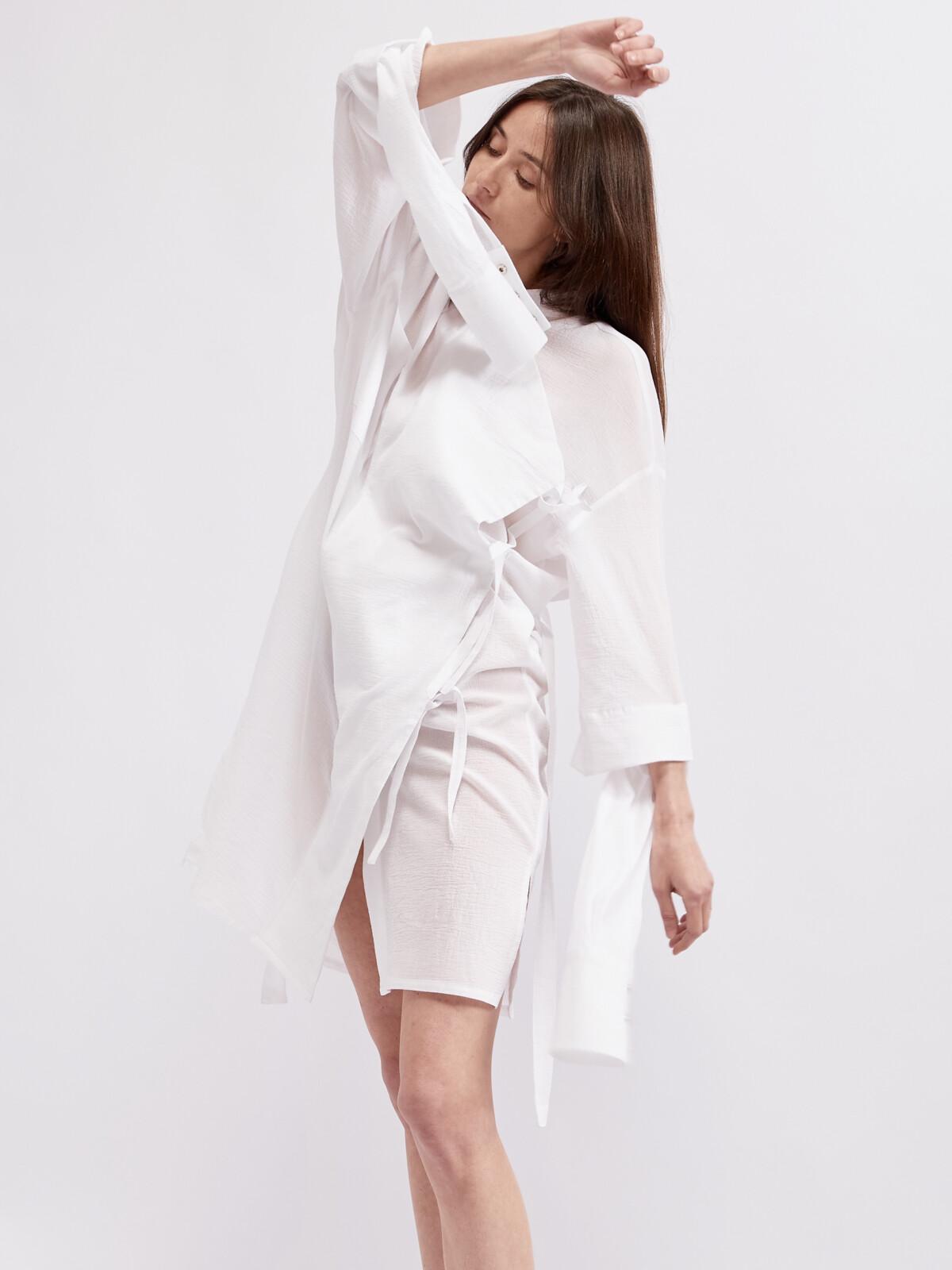 Белое платье - рубашка с двойным рукавом