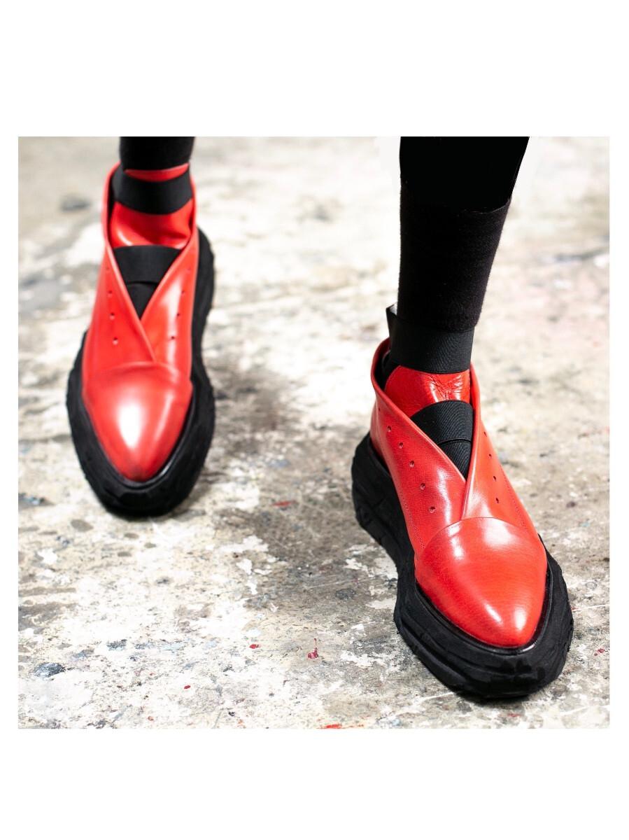 Ботинки - Красный Конверт